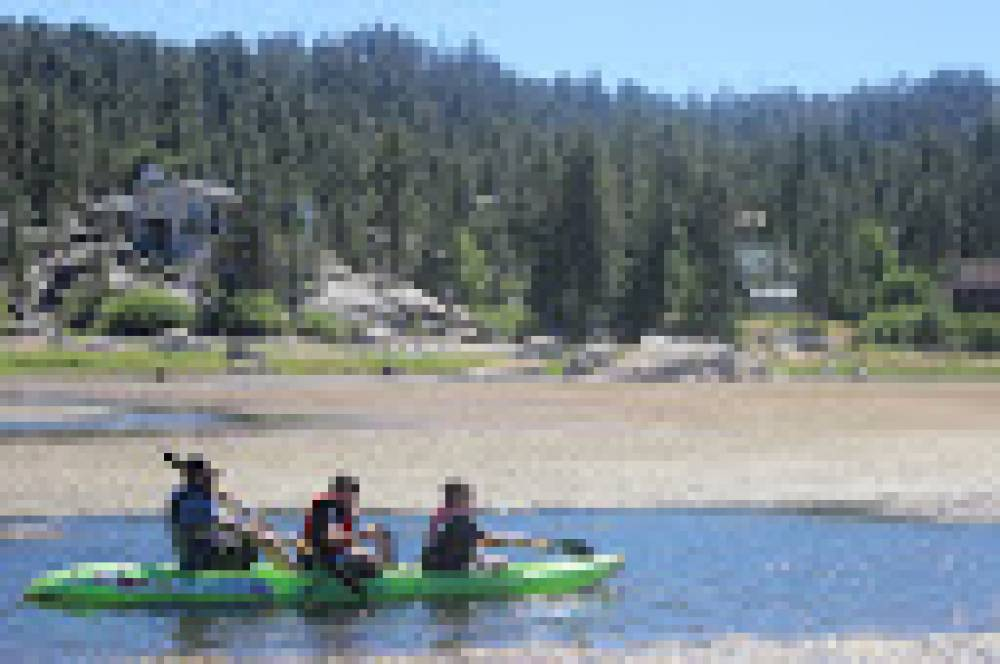 TOP CALIFORNIA SUMMER CAMP: Camp Nageela West is a Top Summer Camp located in Big Bear City California offering many fun and enriching camp programs.