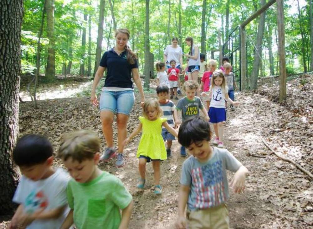 TOP NEW JERSEY SUMMER CAMP: Cora Hartshorn Nature Discovery  is a Top Summer Camp located in Short Hills New Jersey offering many fun and enriching camp programs.
