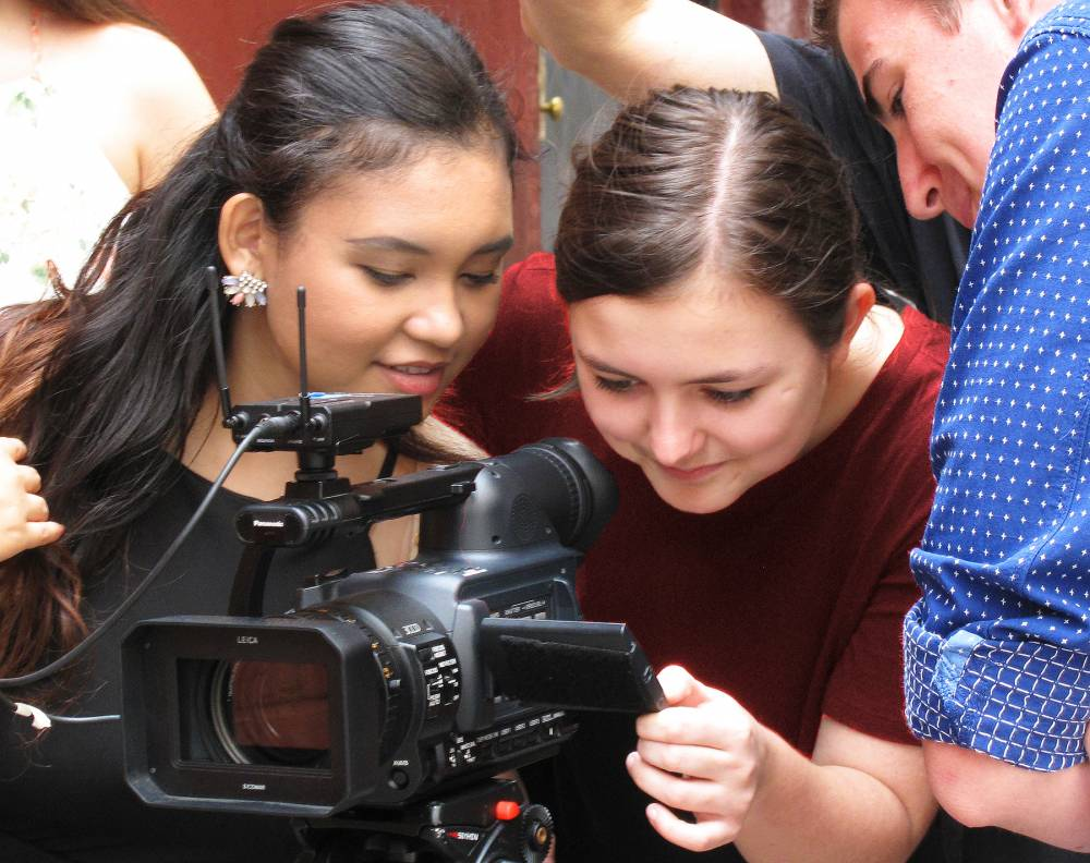 TOP NEW YORK SUMMER CAMP: Solar Filmmaking Summer Camp is a Top Summer Camp located in New York New York offering many fun and enriching camp programs.