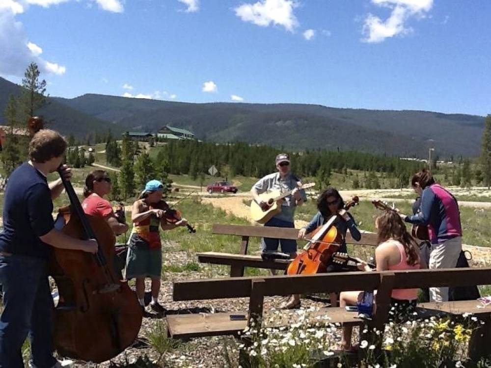 TOP COLORADO SUMMER CAMP: Rocky Mountain Fiddle Camp is a Top Summer Camp located in Winter Park Colorado offering many fun and enriching camp programs.