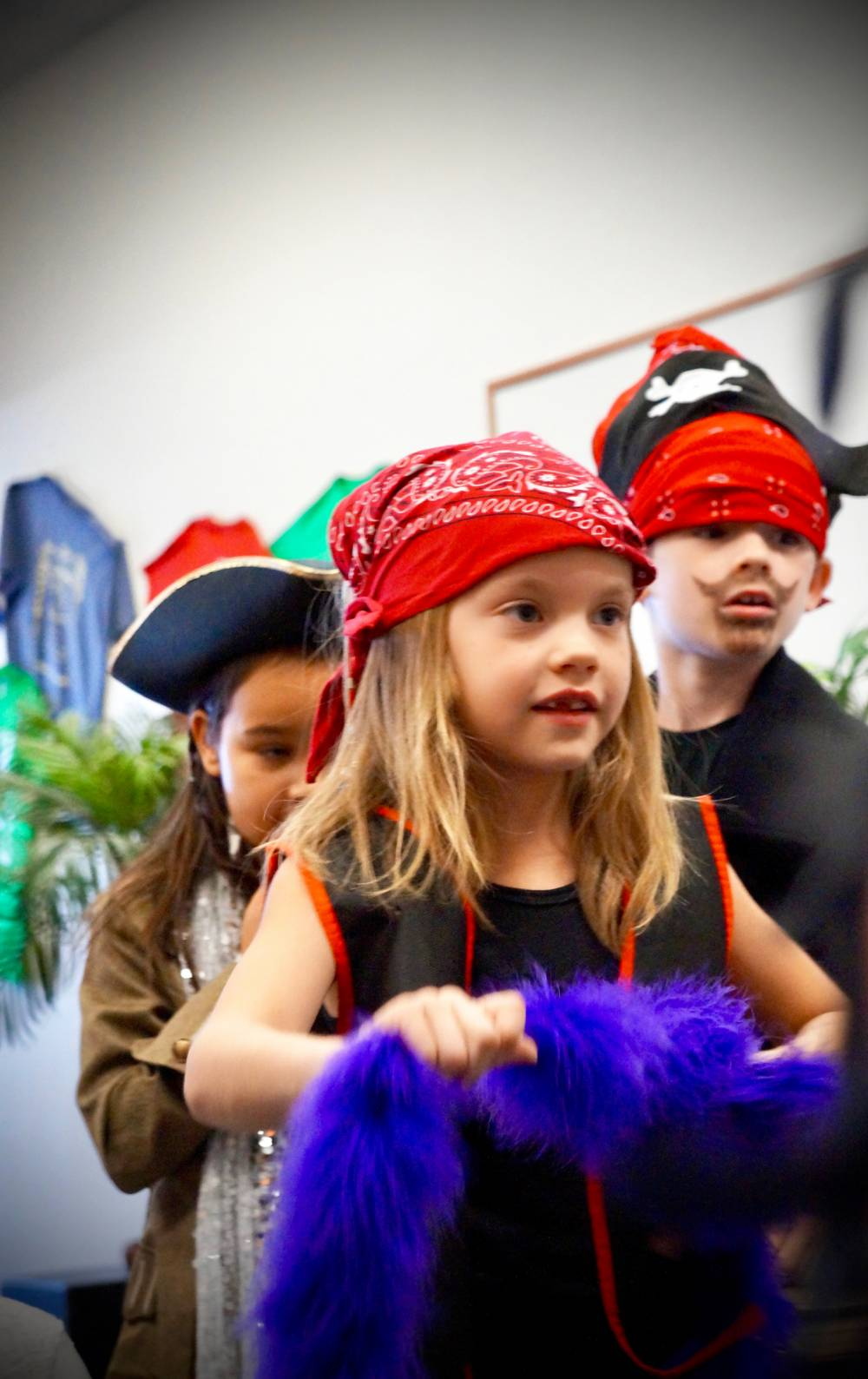 TOP ARIZONA SUMMER CAMP: Imagination Theatre Camp is a Top Summer Camp located in Mesa Arizona offering many fun and enriching camp programs.